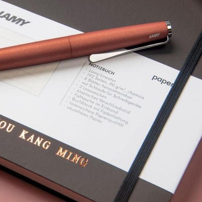 鋼筆書寫推薦筆記本LAMY恆星硬銀束帶筆記本 A5